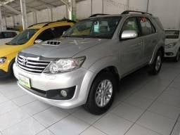 Toyota sw4 3.0 d-4d srv 2014 diesel 4x4 único dono  - 2014