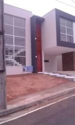 Casa - Novo Leblon - 195m² - 4 quartos sendo 3 suítes - 4 vagas