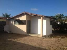 Kitnet em Mangabeira VIII, com area de serviço e com garagem coberta