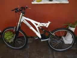 Vende-se bicicleta Mormaii