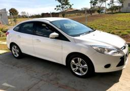 Vendo ford focus sedan - 2017