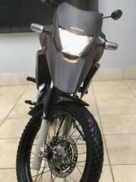 Vendo Honda XRE impecável - 2011