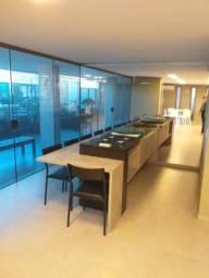 Apartamento Farol três quartos novos