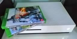 Xbox one s 1tb+ 2jogos comprar usado  São Leopoldo