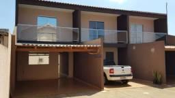 Sobrado com 2 dormitórios à venda, 90 m² por R$ 205.000 - Santa Cruz - Cascavel/PR