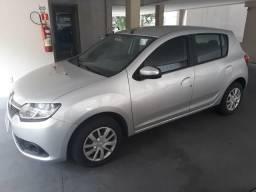 Renault SANDERO EXPRESSION 1.0 12V 2017/2018 - problema no motor - 2017