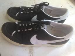 Tênis Nike - tam 44/12USA