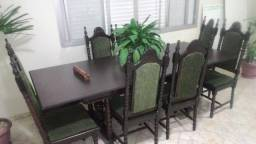 Mesa Antiga em Madeira Maciça 8 Cadeiras