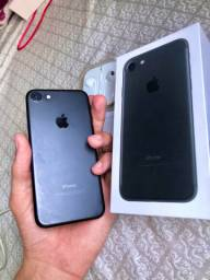 iPhone 7 - 32GB / Jet Black