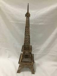 Linda torre eiffel altura 65cm em madeira
