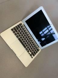 MacBook Air 11' A1465 2012