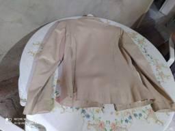 Jaqueta feminina.
