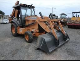 Retroescavadeira Case 580n 2012 4x2<br><br>