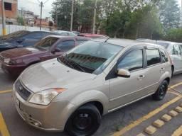 Fiesta Hatch 1.6 Flex completo + ar - 2009 - 109000km - preço mínimo