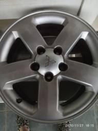 Vendo roda Pajero tr4