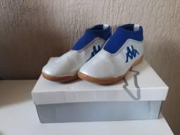 Chuteira Futsal Kappa Revolution - Branco+Azul - Nunca Usado