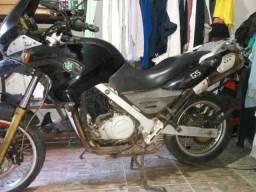 Título do anúncio: Moto BMW 650 GS 2004  R$6.500,00 preta