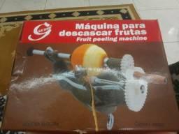 Máquina para descascar frutas