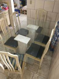 Título do anúncio: Mesa bases granito, tampo vidro com 6 cadeiras
