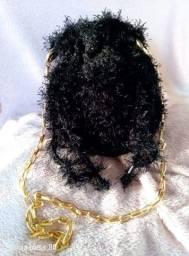 Bolsa de Crochê Preta com Dourado Coleção Lux