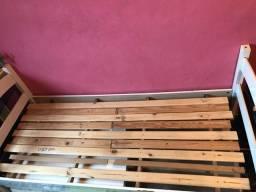 Cama de madeira COM COLCHÃO