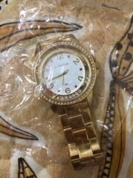 Título do anúncio: Relógio lince e um Smart watch