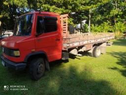 MB 710 2003 mercedes bens caminhão 3/4 carga seca