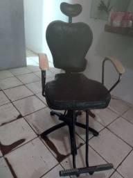 Título do anúncio: Cadeira para salão / barbearia / Design sobrancelha
