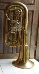 Vendo tuba si bemol rapidão 2.000,00 pra vender rápido