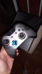 Vendo ou troco Xbox ONE versão rara e limitada