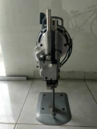 Máquina de corte tecido.