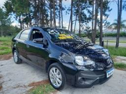 Etios Sedan X Plus Flex Automático.