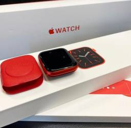 Título do anúncio: Apple Watch série 6 40mm Vermelho em perfeito estado de conservação