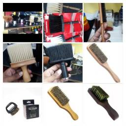 Título do anúncio: varios modelos de piscel e espanador de barbeiro profissional e tesouras