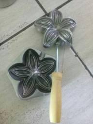 Moldes de ferro para forminhas