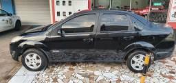 Título do anúncio: Fiesta 1.6 (8V) sedan