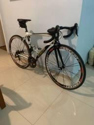 Título do anúncio: Bike speed Caloi Strada tam 52 top shimano ultegra