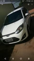 Ford fiesta sedam - 2013