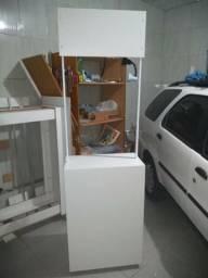 Balcão PDV em MDF com rodinhas, otimo vendas, degustação e divulgação de produtos