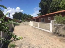 Lindas casas no final da estrada de Aldeia em Chã de Cruz no km 19