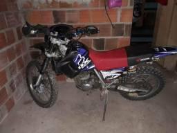 Xr 200 para trilha - 2001