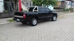 Vendo troco s10 4x4 diesel - 2008