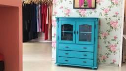 Armario decorativo azul turquesa