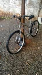 Vendo 2 Bicicleta barata vim buscar moro em arapongas meu zap zap ai