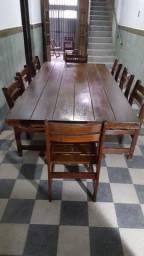 Mesa grande em madeira angelim