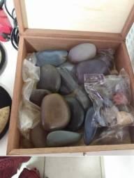 Pedras quentes e bamboo e produtos para estética