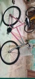 Vende-se bicicleta feminina conservada