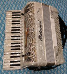 Acordeon piatanesi super IV