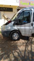 Vende-se Van Ford Transit
