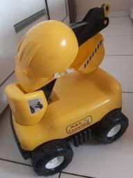 Escavador brinquedo